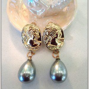 14K Gold Filled ladys Pear Shap Gray Pearl Earring